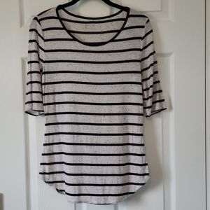 White and black striped tunic top